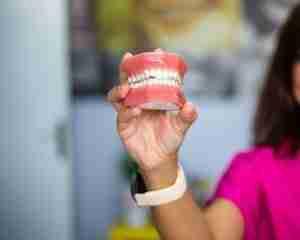 Prosthodontist Dentures