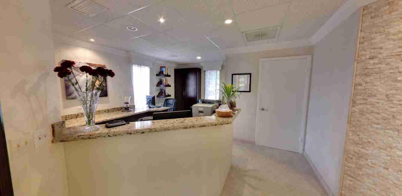 front office 2 - Ocean Breeze Prosthodontics